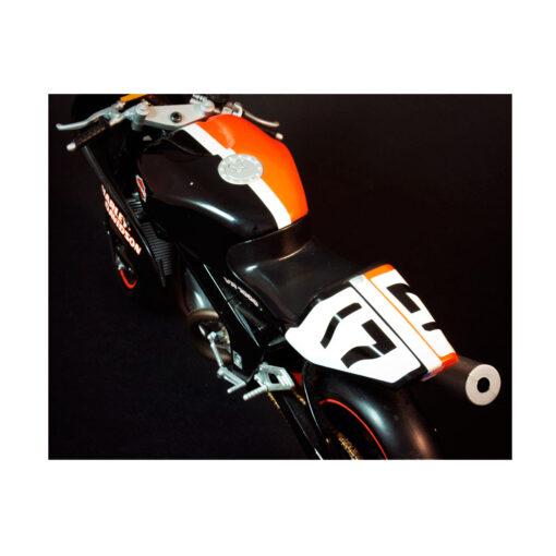 Harley Davidson- VR 1000 Scale motorcycle Details