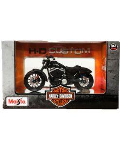 Maisto 2014 Sportster Iron 883 Pack